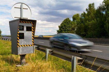 Que risquez-vous en signalisant des radars de vitesse sur Facebook ?